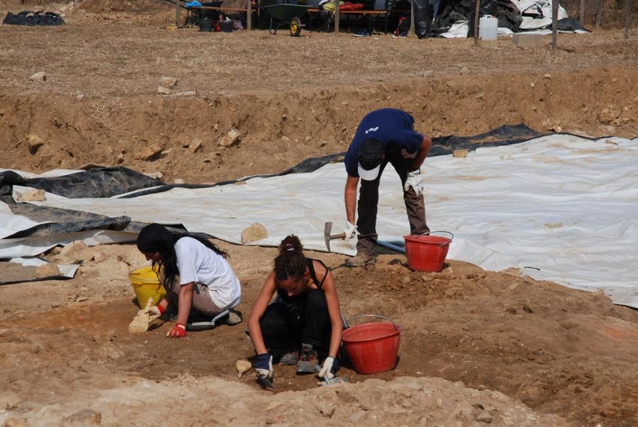 Il gruppo di scavo nell'ambiente 2
