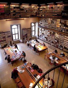 EZ in biblioteca